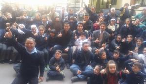 ابو غوش لأطفال نازك الحريري : منكم استمد ارادتي ( صور )