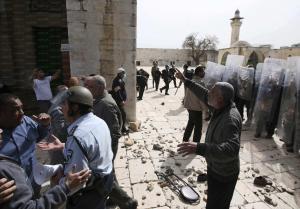 الأردن يطالب الإحتلال بوقف ممارساته الإستفزازية في الأقصى