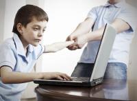 أسباب إدمان الأطفال على ألعاب الكومبيوتر