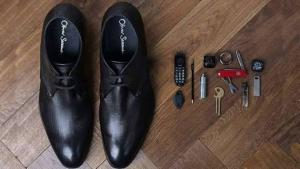 حذاء يحولك الى جيمس بوند ! (صور)