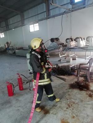 حريق بمصنع في الأغوار الشمالية