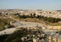 ارتفاع الدخل السياحي بالأردن 14 %