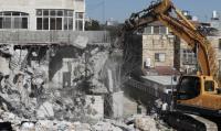 بلدية الاحتلال تهدم 3 منازل في القدس