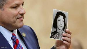 حكم بالمؤبد على قسّ قتل ملكة جمال قبل 57 عاما (شاهد)