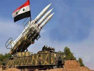 الدفاعات السورية تتصدى لصواريخ في سماء دمشق
