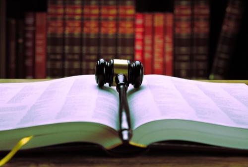 المرحلة المقبلة ..  قوانين تحت عواصف التغيير وتعديلات دستورية وجوبية