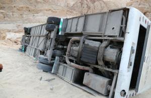 الغاء اعتماد شركة العمرة الناقلة لمعتمري حادث الطفيلة (صور)