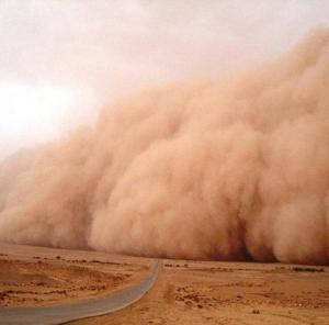 موجات غبار بمناطق المملكة الصحراوية
