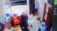 ذهب لعلاج زوجته عند الطبيب فسقط ميتاً (فيديو)