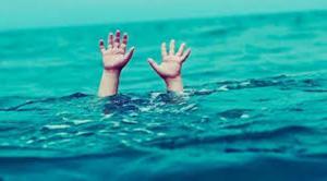 """وفاة طفل غرقا في """"الكريّمة"""""""