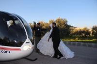 اردني يزف عروسه بواسطة طائرة عامودية (صور)
