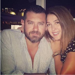 حقيقة القبض على عمرو يوسف وكندة علوش بتهمة حيازة مخدرات !