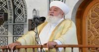مقتل مفتي دمشق بعبوة استهدفت سيارته