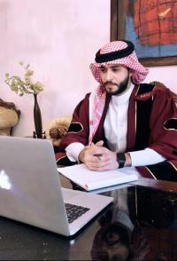 """""""الشرق الأوسط """"تحتضن مشروع تخرج يناقش سيرة الراحل الإعلامي """"نايف المعاني"""""""