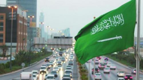 السعودية تسمح للسيدات بقيادة الشاحنات والدراجات النارية