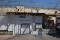 """"""" صحة الإحتلال"""" : الكورونا ينتشر في السجون"""