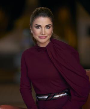 الملكة رانيا تحذر من توجه الناس للتقوقع على أنفسهم