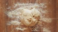 هل يجوز تذوق العجين قبل خبزه؟