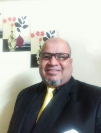 ناصر الخزاعله يهنيء ابن عمه الدكتور ياسر الخزاعله