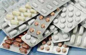 توقعات بتراجع الحكومة عن رفع اسعار الادوية قريباً