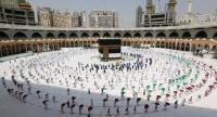إعلان موعد استقبال المعتمرين من خارج السعودية