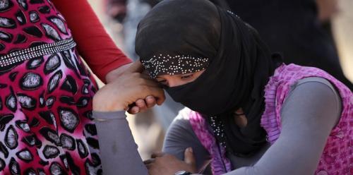 فتاة أزيدية تحرق نفسها للهروب من اغتصاب داعش