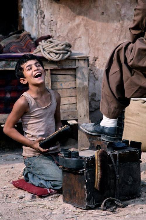 عندما ابتسامة الفقراء نستحي تشاؤمنا image.php?token=7367