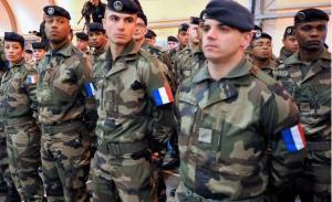 مقتل مظلي فرنسي على الحدود السورية العراقية