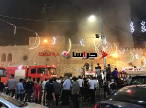 حريق بالمسجد الحسيني وهذا سببه (فيديو وصور)