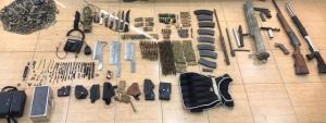 القبض على شخص بحوزته 8 أسلحة نارية بالزرقاء