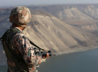الجيش يحبط محاولة تسلل 5 اشخاص بحوزتهم مليون حبة مخدرة