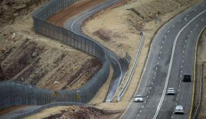"""السلطة تطالب الاردن بافشال """"الجدار الاسرائيلي"""""""
