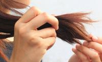 وصفات لعلاج تقصف الشعر  ..  تعرفي عليها