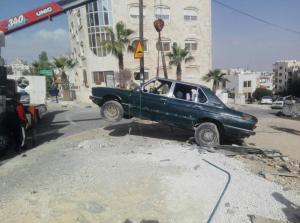 رفع 6 هياكل ومركبات مهجورة يوميا في عمان