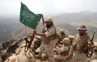 الحوثيون يعلنون استهداف تجمعات للجيش السعودي
