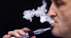 الصحة تتجه للسماح بادخال السجائر الالكترونية رسمياً