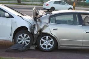 4 إصابات بحادث تصادم في البلقاء