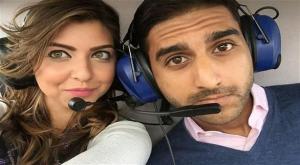 بالصور: عرض زواج من على متن طائرة مروحية