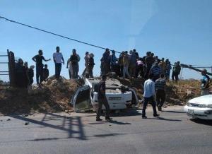 اصابة شخصين بحادث تصادم (صور)