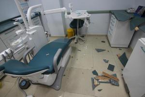 البقعة: مجهولون يعبثون بمحتويات عيادة طبية تابعة لوكالة الغوث