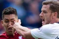 ليفربول يعلق على إصابة فيرمينو -فيديو