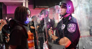 بالأرقام ..  بيانات مقلقة بشأن عنف الشرطة الأميركية ضد السود