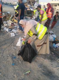 """اهالي الكرك وغور المزرعة يُساندون اضراب البلدية وينتفضون ضد القمامة """"صور"""""""