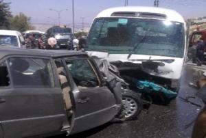 7 اصابات بحادث تصادم على أوتوستراد الزرقاء