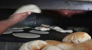 إغلاق مخبز وإتلاف 7 أطنان من المواد الغذائية بالعقبة