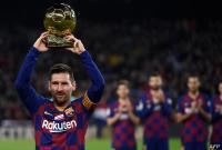 ميسي يحدد مصيره في برشلونة