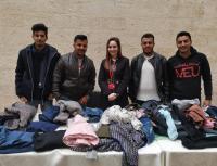 """طلبة إعلام جامعة الشرق الأوسط ينفذون حملة """"يلي ما بلزمك بلزمنا"""""""