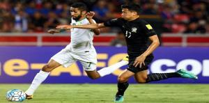 السعودية تهزم تايلاند وتقترب من العودة لكأس العالم