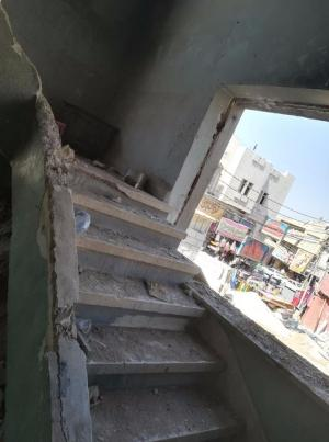 اصابة عامل سوري بانهيار سقف الأندية القديمة بالرمثا
