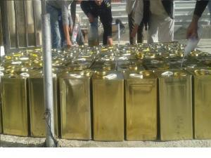 ضبط 50 تنكة زيت زيتون مغشوش في إربد